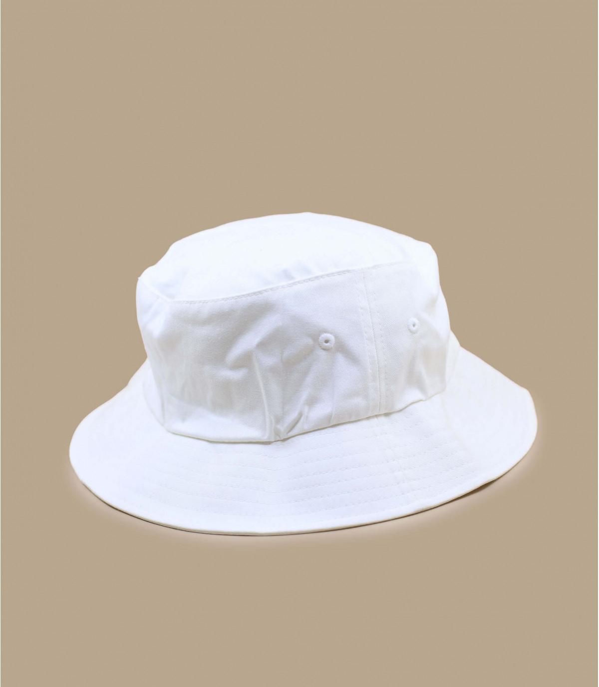 Bucker white