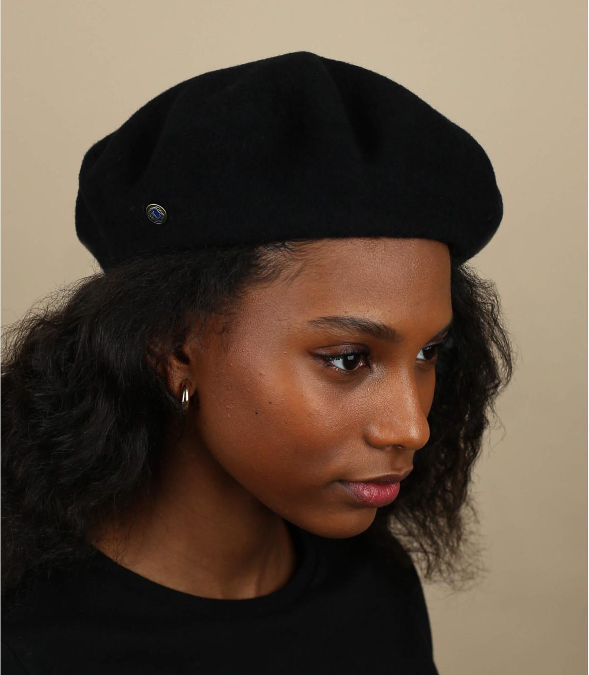 berretto in cashmere nero