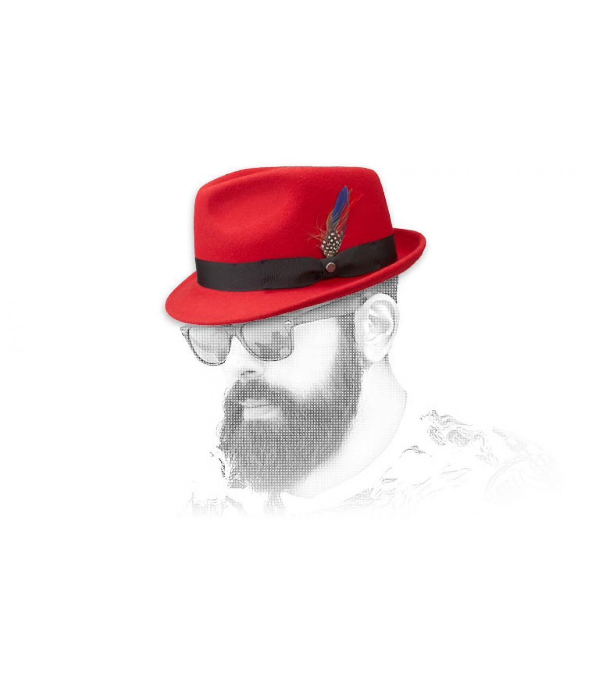 Uomini cappello rosso