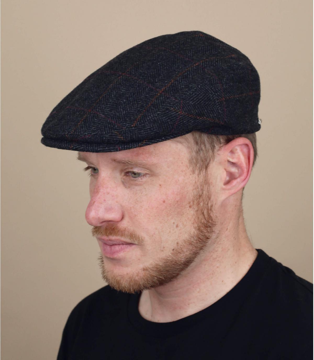earflap berretto piatto