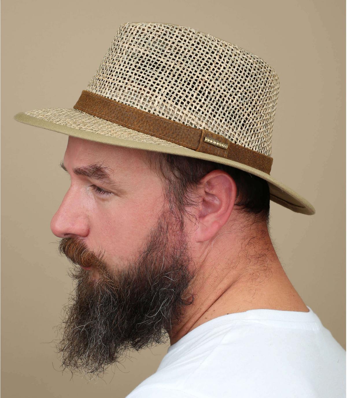 bordi ampio cappello di paglia Stetson
