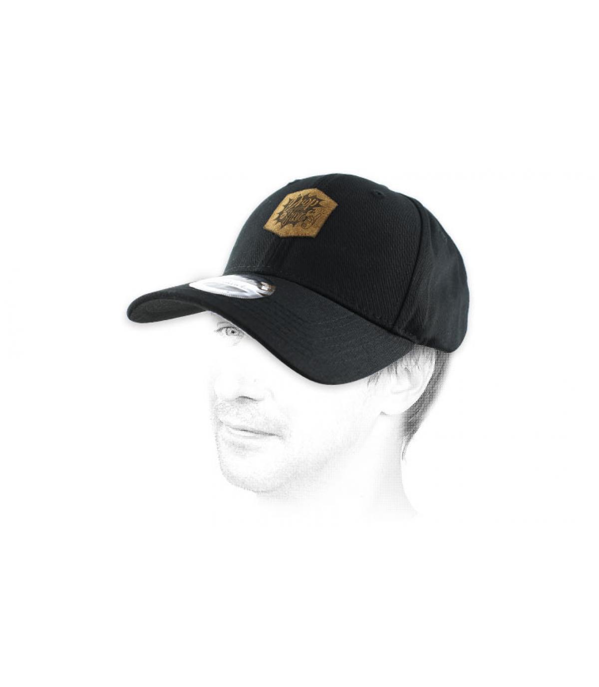 Goccia berretto nero in 5