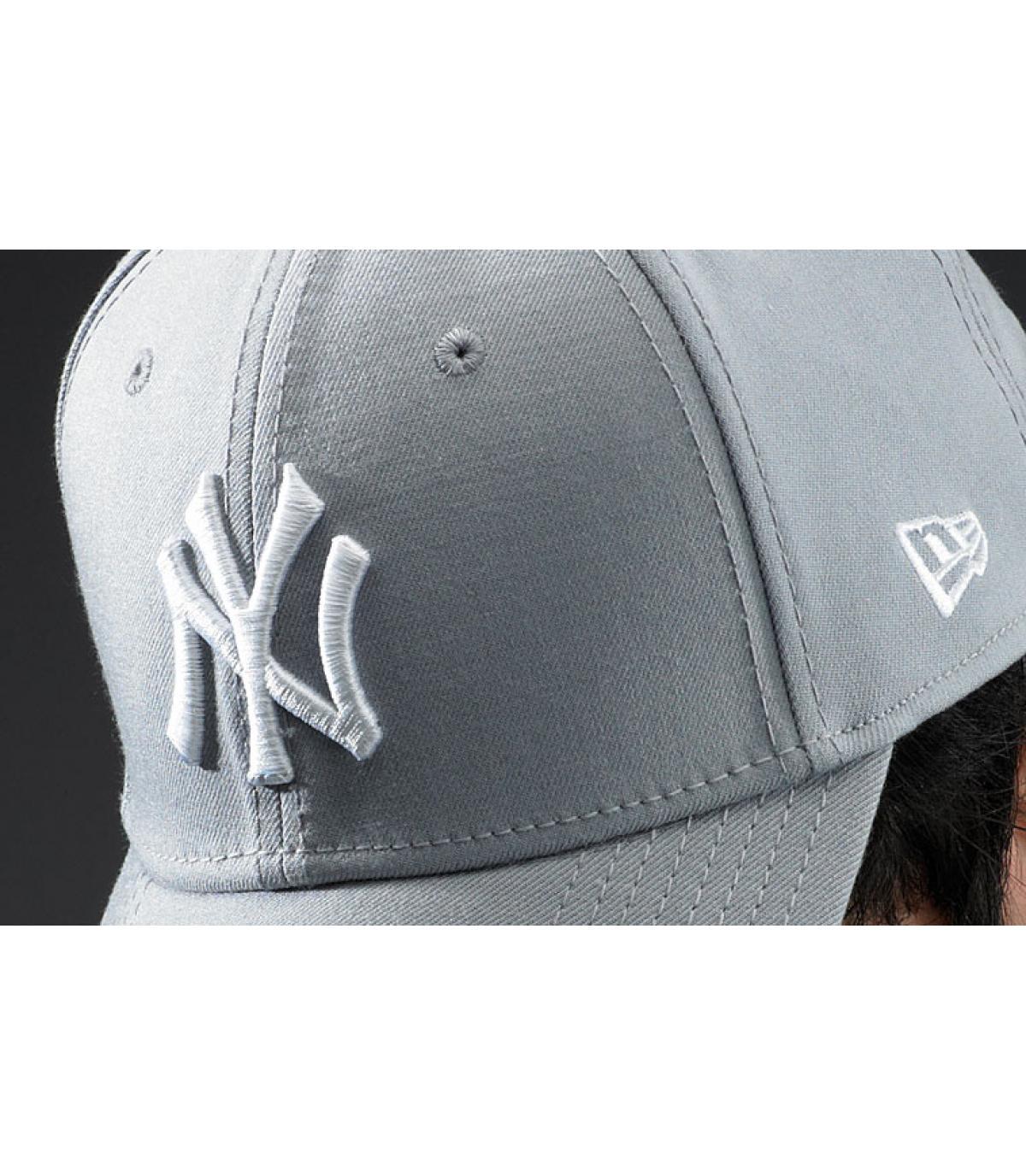 Dettagli League Ess NY 9forty grey white - image 3