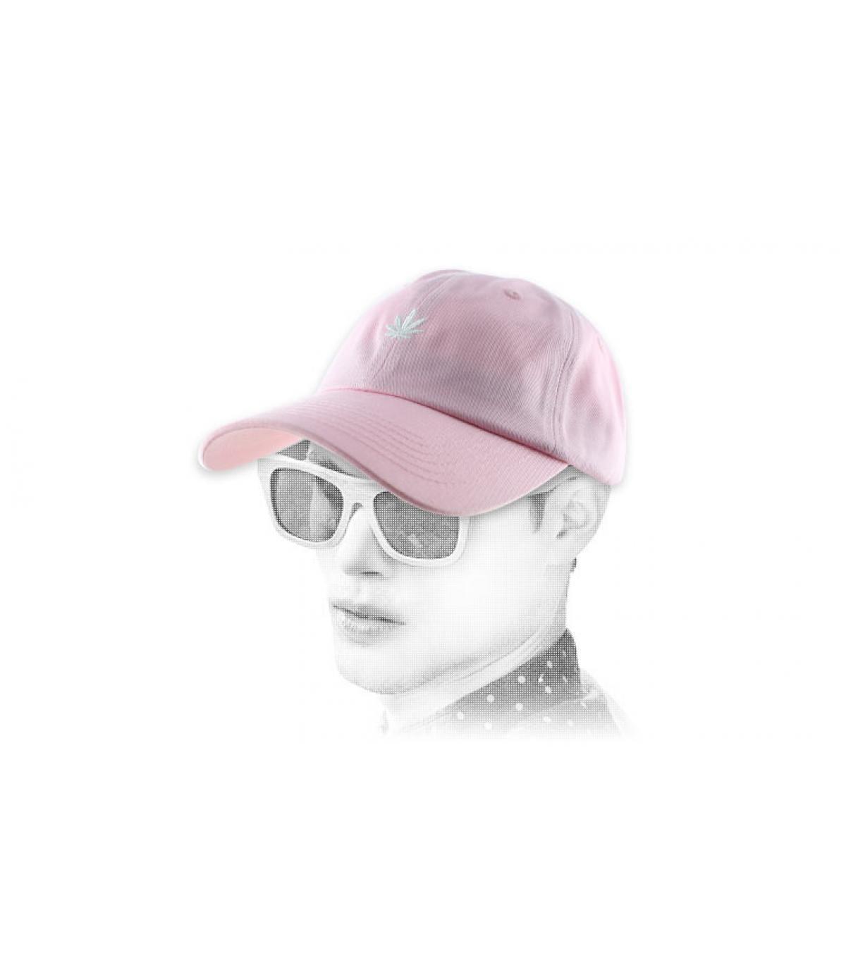 cannabis rosa, berretto