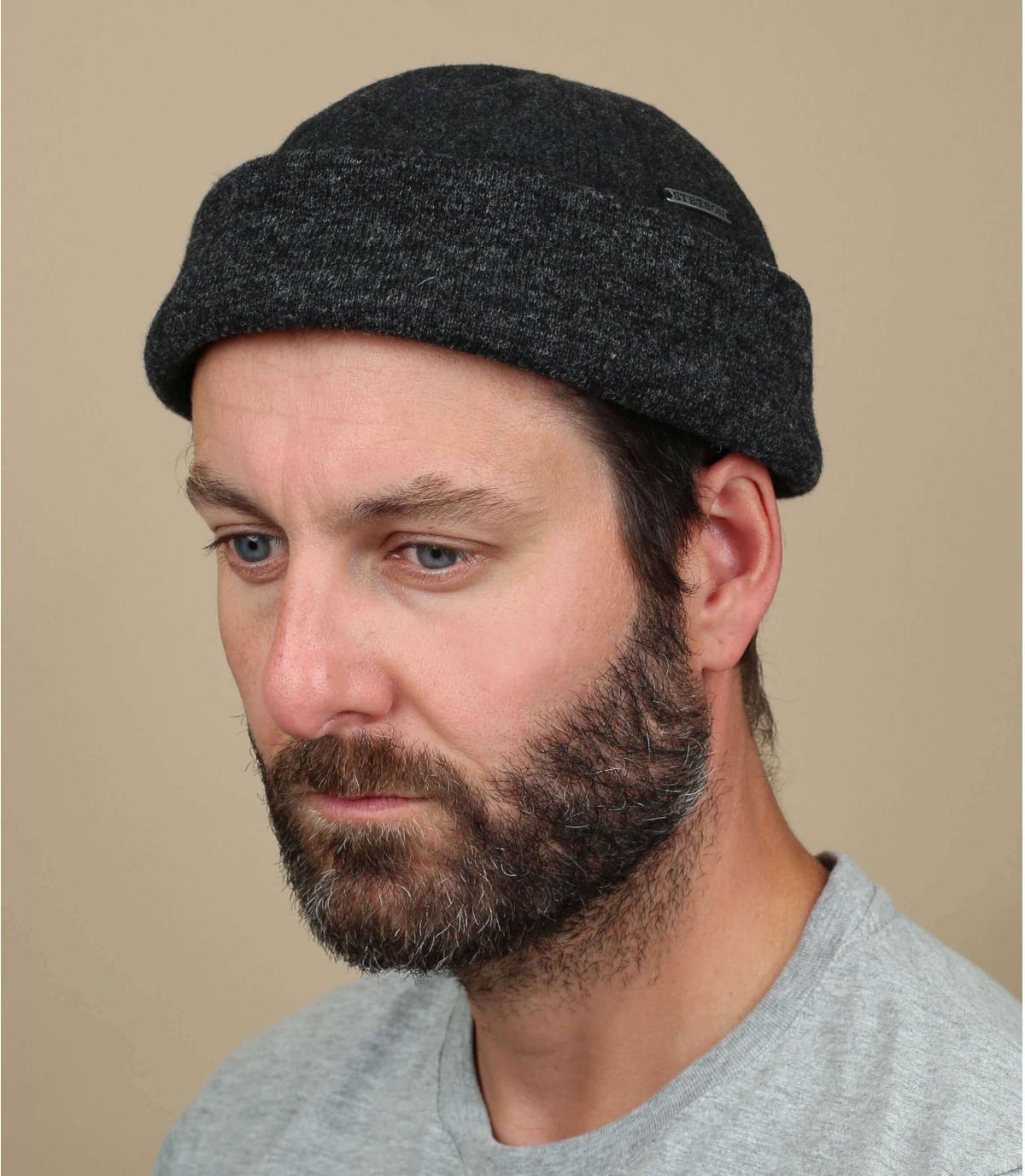 berretto di lana grigio finestra mobile