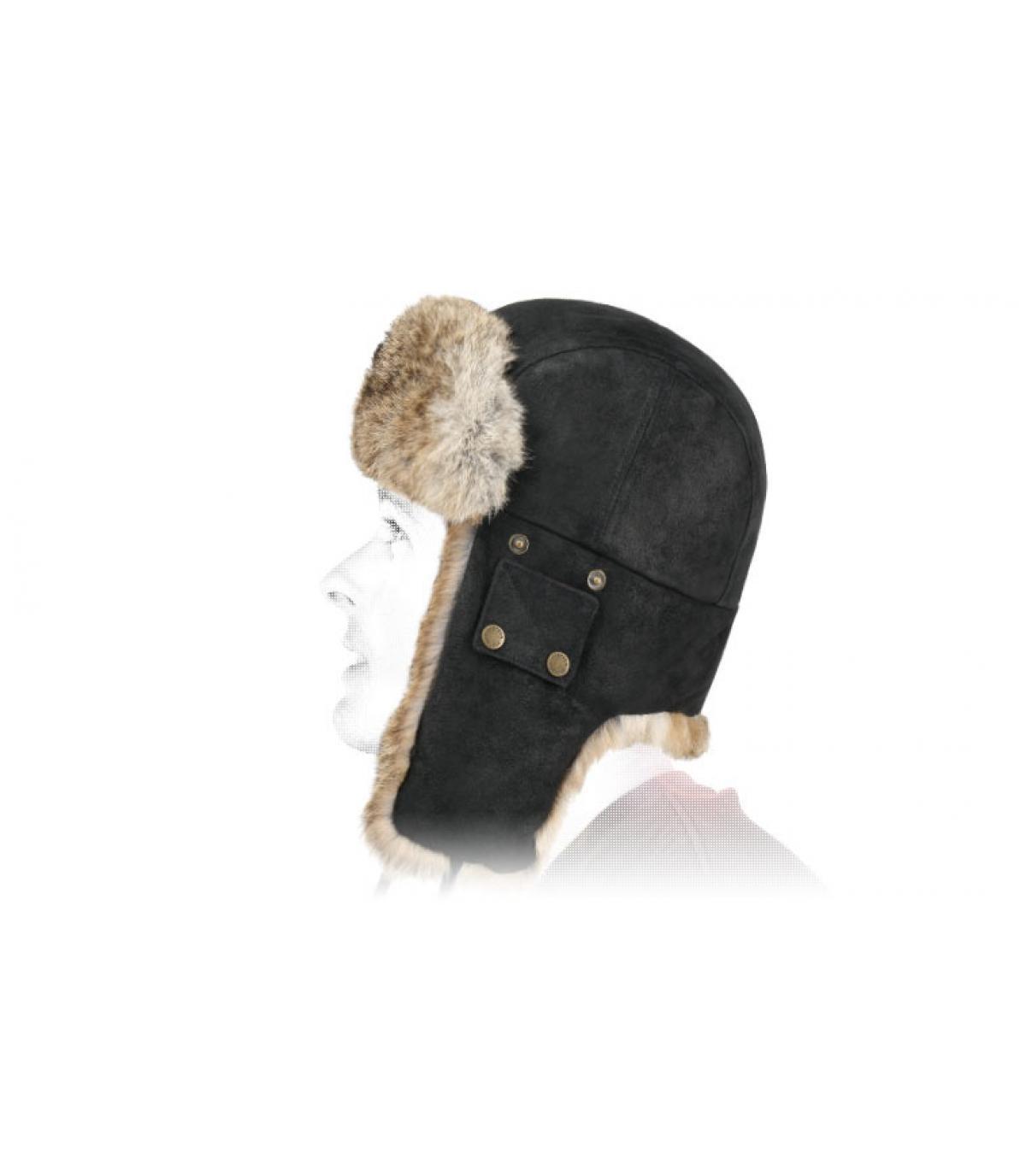 cappello di pelliccia di cuoio nero