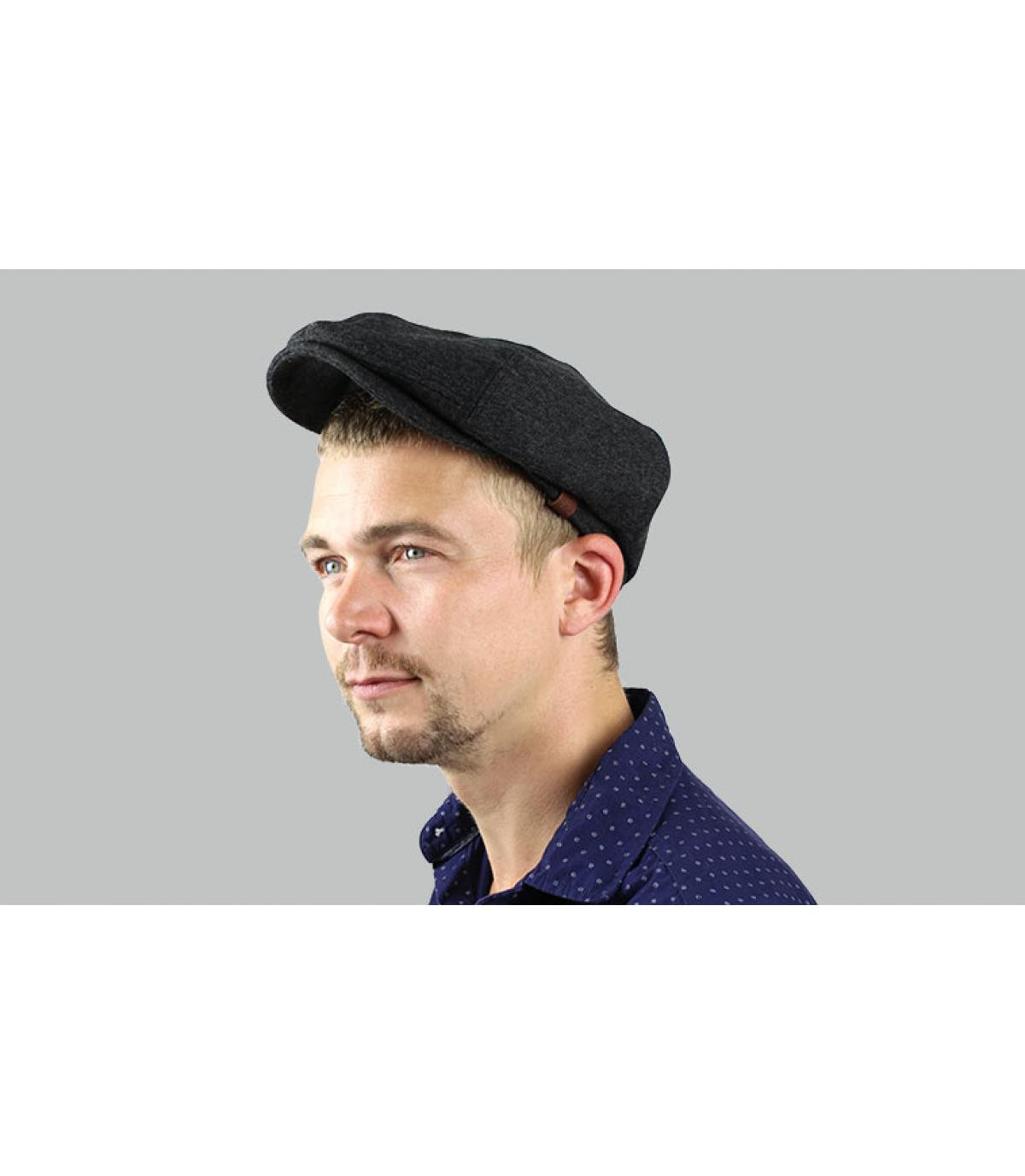 gravoche cappello grigio Barts