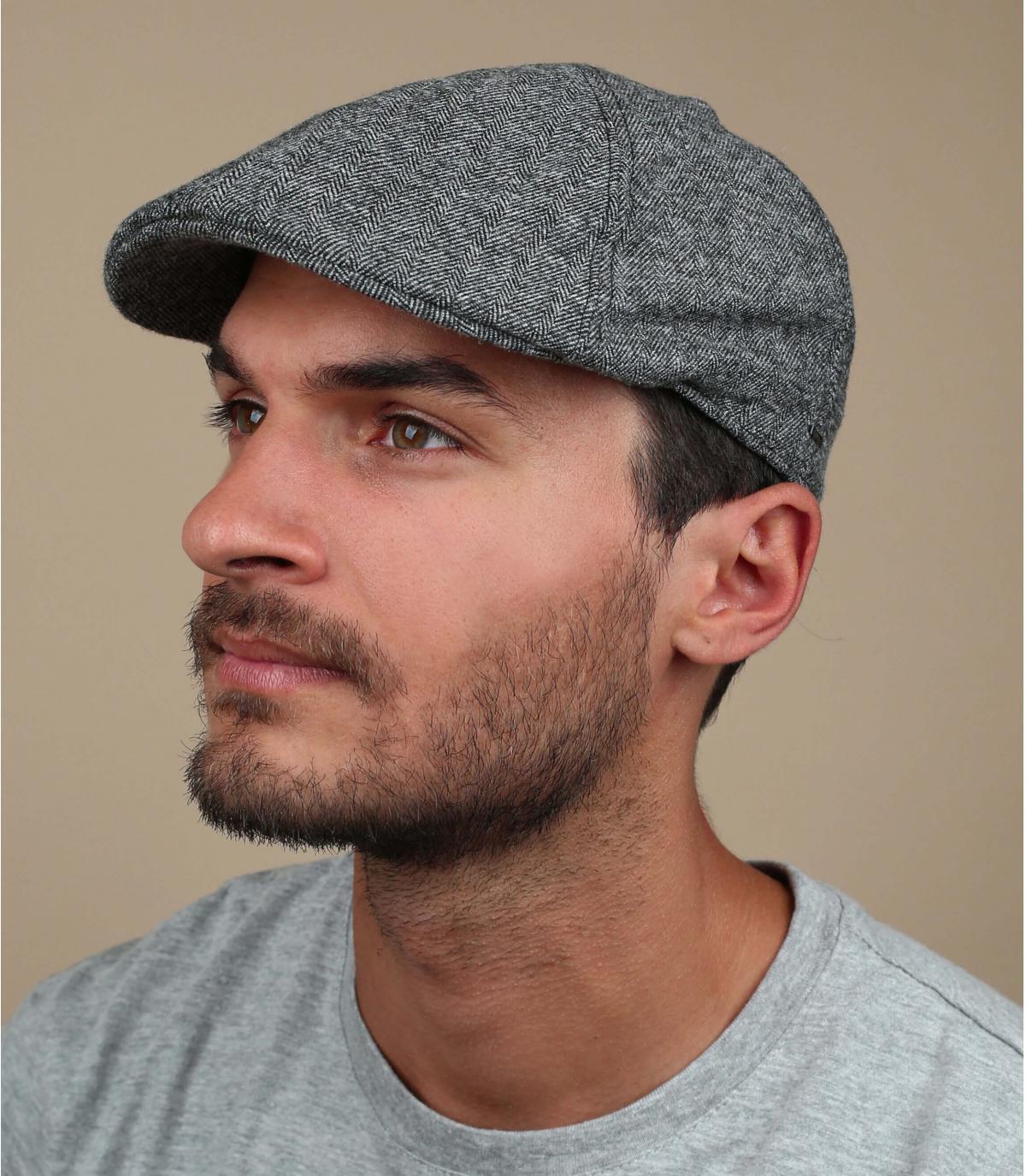 berretto di cotone nero a becco d'anatra