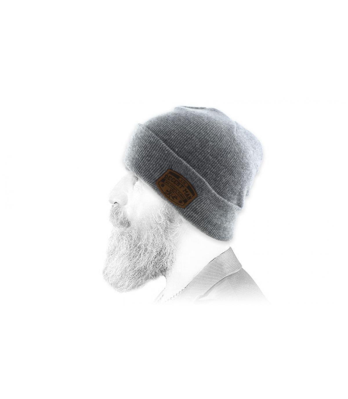 Bonnet Man grigio uomo decente