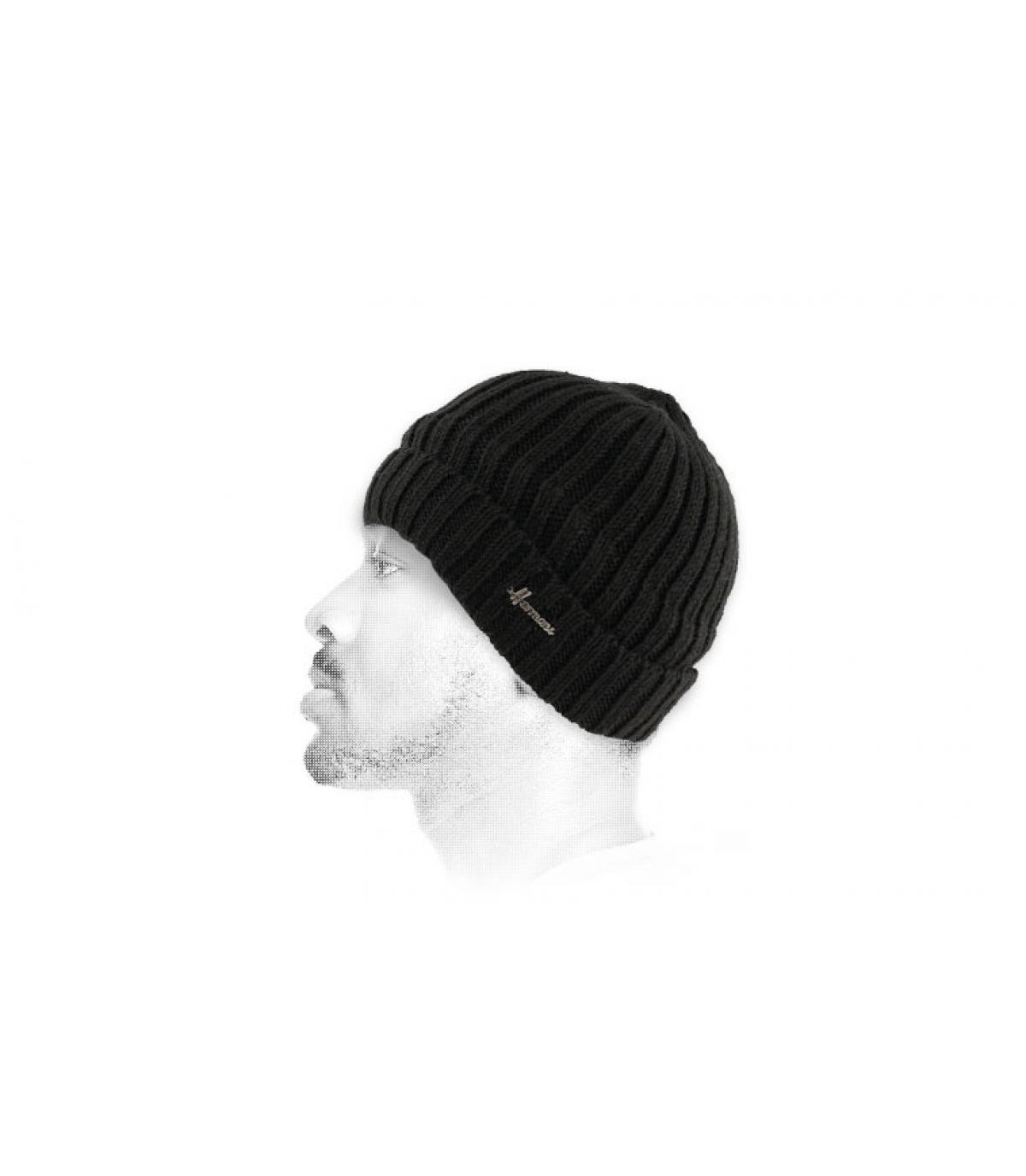 cappello bavero di lana nero