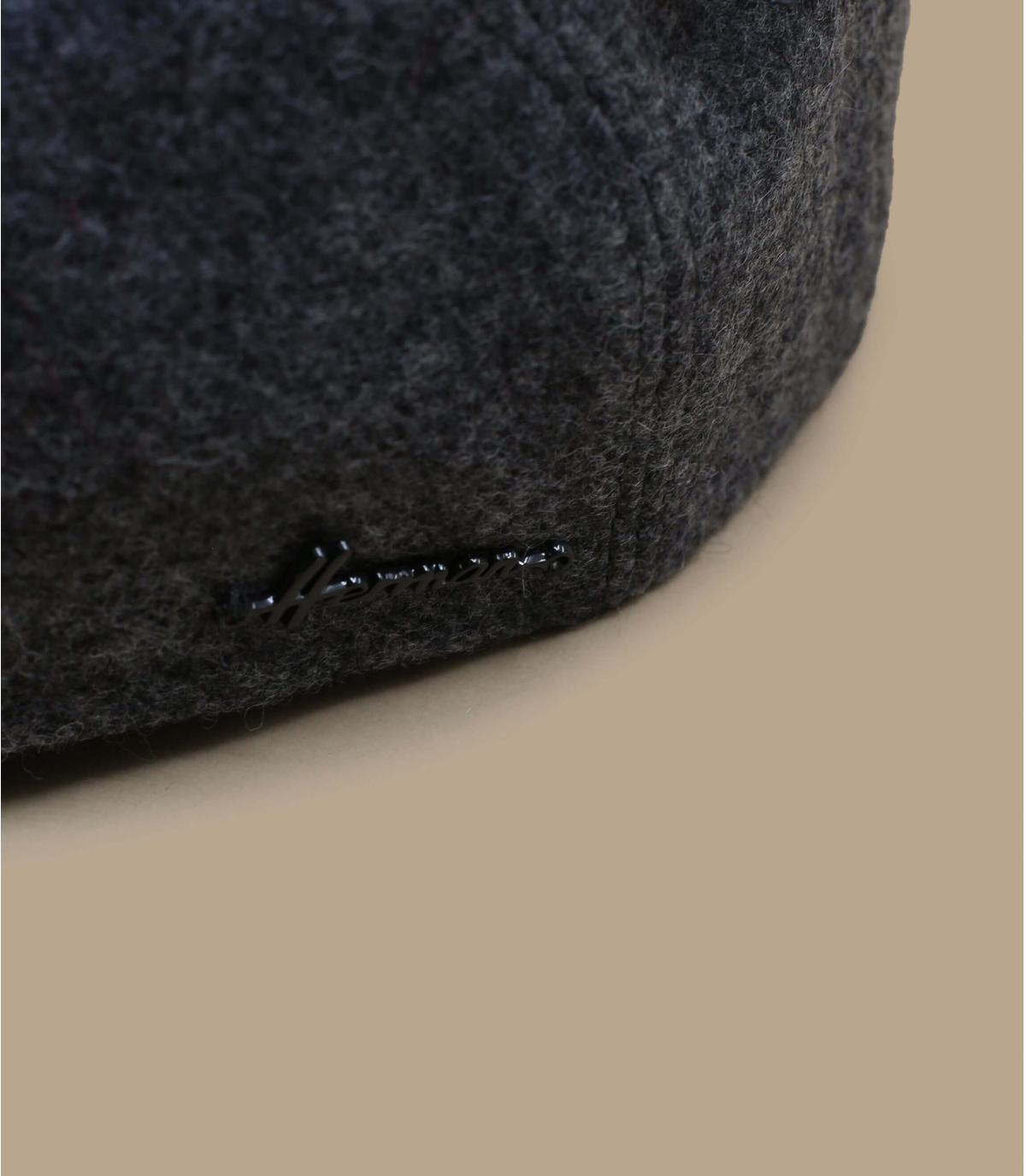 grigio berretto tazza orecchio lana