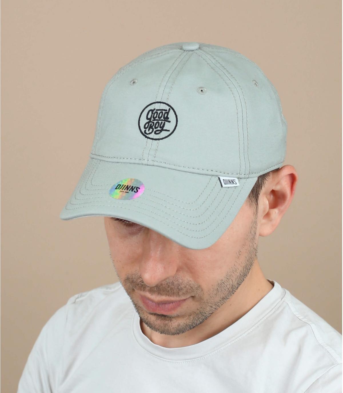 Bravo ragazzo cappello grigio