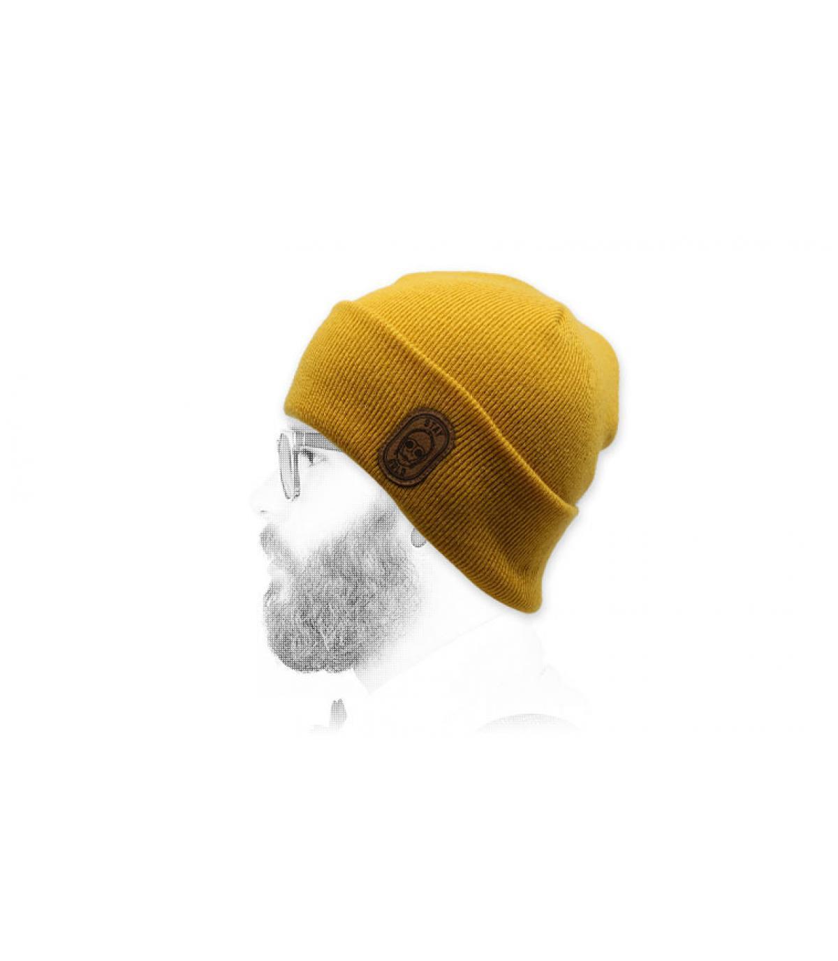 cappello robot giallo