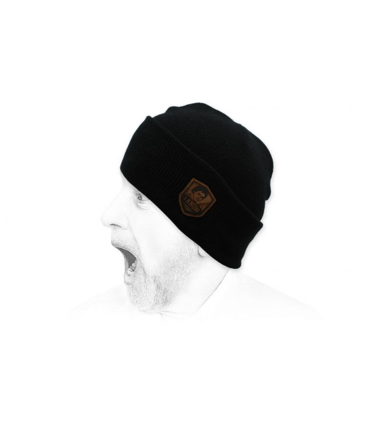 Conosco il cappello nero