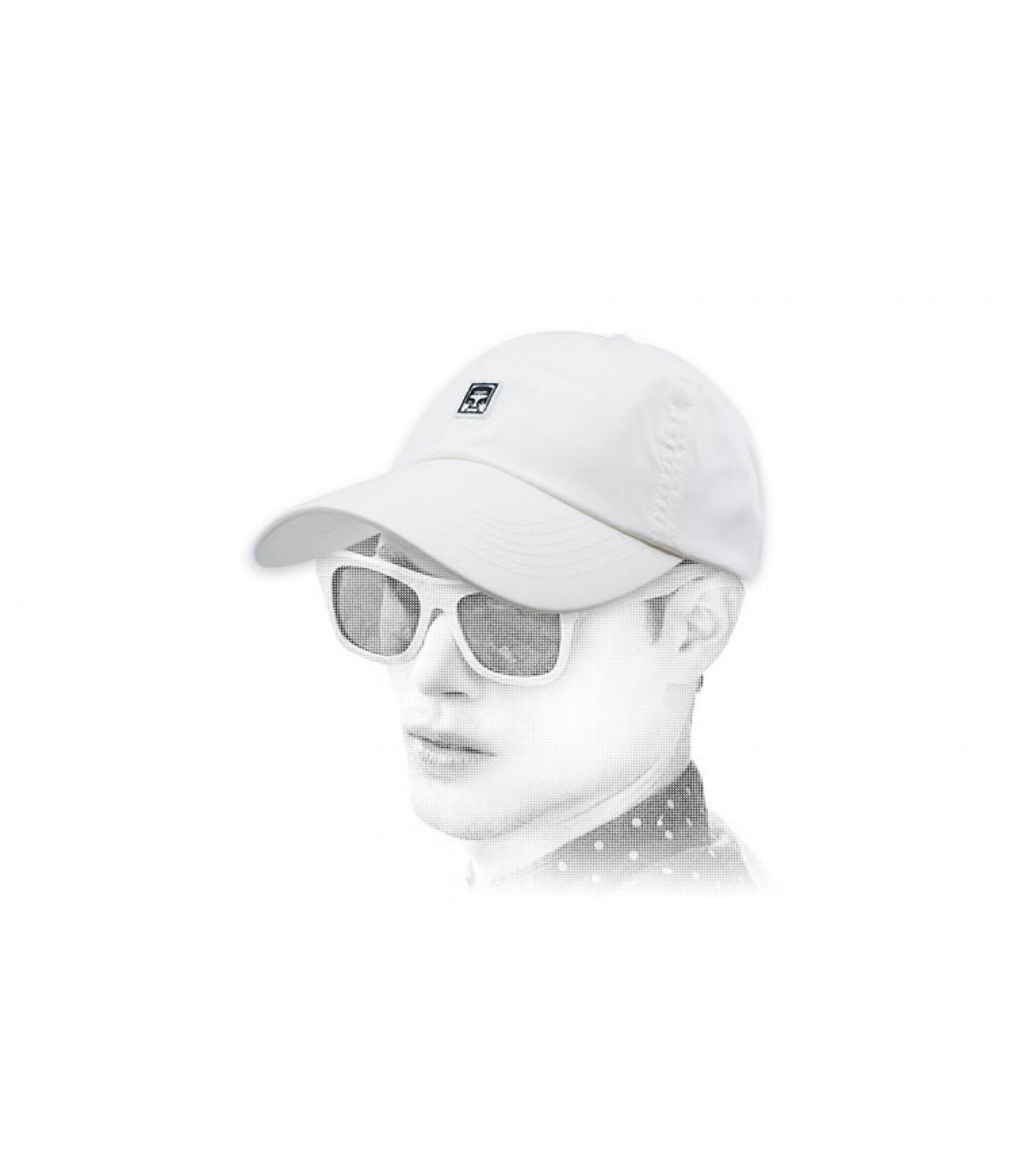 Obey il berretto bianco gigante