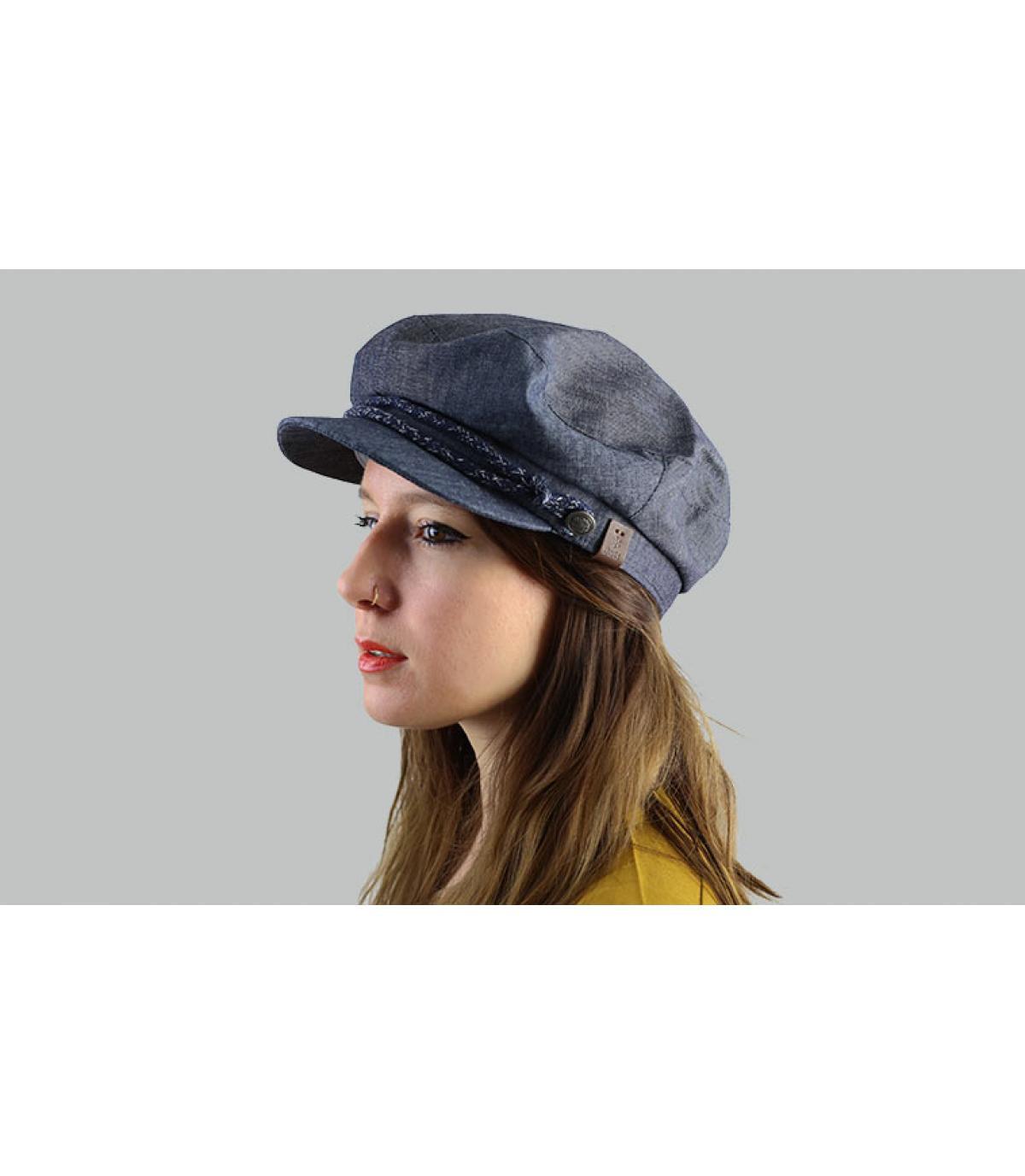 cappello blu marinaio
